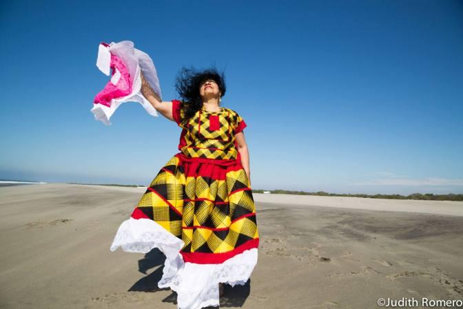 HOW EDGY SHE IS: review of Judith Romero's Othered Women                                                                                          LA ATINADA. Reseña de OTRAS MUJERES, exposición de Judith Romero, Museo de Arte Contemporáneo